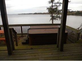 Hot Tub on Lake Champlain, Bridport VT